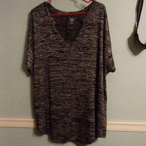 Black,gray,and white marled tshirt